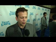 Escape from Planet Earth: Aaron Zigman Premiere Interview --  -- http://wtch.it/BYGVO