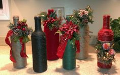 "Decorative Bottles : Garrafas decoradas ""Tutupirou Artes"" by Laly - Decor Object Recycled Wine Bottles, Wine Bottle Corks, Diy Bottle, Wine Bottle Crafts, Christmas Centerpieces, Christmas Decorations, Garrafa Diy, Holiday Crafts, Christmas Crafts"