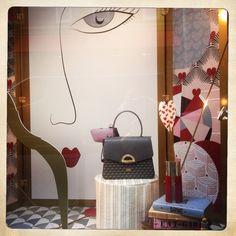 """Diane , Chasse à Coeur"".... new Windows Display in Cambon store. Hunting goddess is preparing her next heart Hunting..... Be careful gentlemen <3 @faurelepage #faurelepage #seduction #cambon #21ruecambon #paradebag #Diane #windowdisplay"