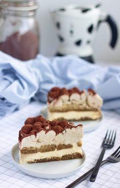 Tiramisu cheesecake – Máslová brioška Tiramisu Cheesecake, Apple Custard, Brownie Cake, Brownie Recipes, Beautiful Cakes, Sweets, Ethnic Recipes, Food, Gardening