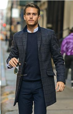 How to Wear a Navy Jumper                                                                                                                                                                                 More