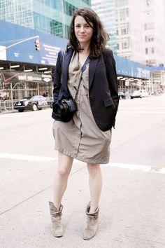 Пиджак с лацканами (формовой), не формовое плате, не строгие, но формовые сапоги