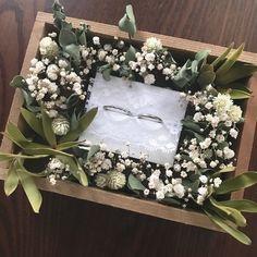 Ring Holder Wedding, Ring Pillow Wedding, Wedding Rings, Wedding Crafts, Diy Wedding Decorations, Wedding Gift Boxes, Wedding Preparation, Flower Boxes, Flower Bouquet Wedding