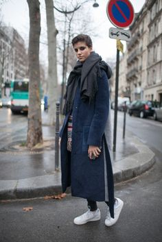 Model off duty street style during Paris Couture Week. [Photo by Kuba Dabrowski]