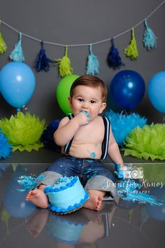 Jennifer Kanos Photography - Boys Cake Smash Session