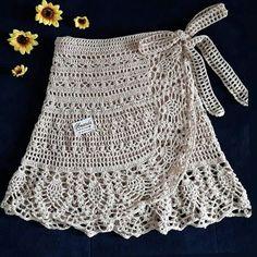 35 examples of beautiful knitting patterns beautiful examples knitting patterns Crochet Skirt Pattern, Crochet Skirts, Crochet Clothes, Crochet Lace, Crochet Bikini, Crochet Summer, Filet Crochet, Easy Knitting Patterns, Crochet Patterns