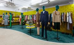Japanese fashion brand Comme des Garçons has relocated the London branch of its Dover Street Market store to a heritage-listed building on Haymarket Dover Street Market London, Shops, Showroom Design, Garment Racks, Interior Concept, Interior Design, Wallpaper Magazine, Retail Interior, Merchandising Displays
