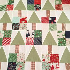 ok that's better now I can get back to my regularly scheduled program #minicharmchristmas #25thandpine #christmassewing