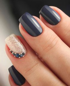 Trendy Winter Nail Art Ideas For 2019 These trendy Nails ideas would gain you amazing compliments. Check out our gallery for more ideas these are trendy this year. ideas Trendy Winter Nail Art Ideas For 2019 Nail Manicure, Nail Polish, Manicure Ideas, Hair And Nails, My Nails, Nagellack Trends, Winter Nail Art, Winter Nails 2019, Stylish Nails