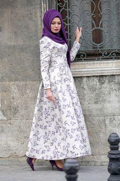 MOR NEVA ABİYE Hijab Fashion, Fashion Dresses, Hijab Style Tutorial, Hijab Dress, Muslim, Princess, Beauty, Design, Fashion Show Dresses