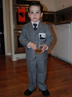 Does someone out there have a cute little boy they can dress up like Don Draper for Halloween so I can live vicariously through THE CUTENESS?! I'm afraid that by the time I have kids, Mad Men will be cancelled ;-)