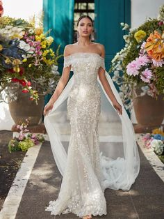 Brautkleider-Trends 2018: DAS sind die 100 schönsten Kleider! : Fotoalbum - gofeminin Fit And Flare Wedding Dress, Fall Wedding Dresses, Perfect Wedding Dress, Designer Wedding Dresses, Bridal Dresses, Wedding Gowns, Bridal Bouquets, Couture Dresses, Spring Wedding
