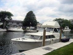 1969 Chris Craft Commander 31' Flybridge