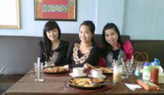 #pondoksteak (with yk desma, mb Rati)