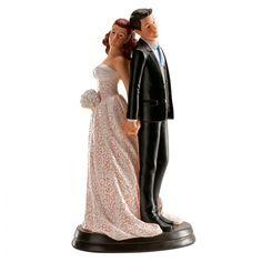 Figura elegante para la tarta de la boda, en una romántica postura se dan la mano y se apoyan las espaldas