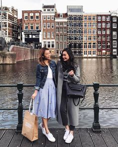 happily // ✧ Best Friend Pictures, Friend Photos, Bff Goals, Best Friend Goals, London Photography, Fashion Photography, Amsterdam Pictures, Pretty Outfits, Cute Outfits