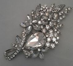 LARGE CLEAR SILVER CRYSTAL FLOWER VINTAGE BROOCH, WEDDING, PARTY, SCARF, GIFT