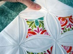 Tutorial for Cathedral Window Pane Quilt