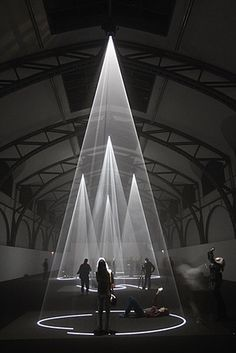 24 hours: Anthony McCall Installation Opens In Berlin