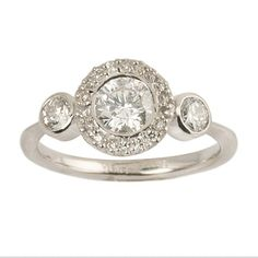 Custom engagement ring. At Shaesby we want to make sure everyone leaves happy! We will work with you to make sure you get the ring of your dreams! #customjewelry #diamonds #whitegold #engagementring #weddingband #love #bridal