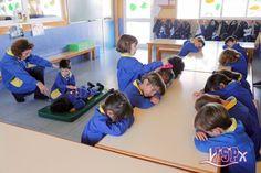 La relajaciónpermite canalizar las energías de los peques, ajusta el nivel de activación y produce bienestar general. #EducaciónEmocionalISP  www.colegiosisp.com