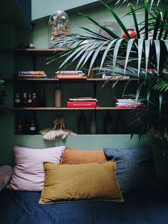 COQ Hotel Paris - un boutique hôtel cool et arty - Lili in wonderland Coq Hotel Paris, Paris Hotels, My Living Room, Living Spaces, Portable Hammock, Wine Glass Holder, Paris Arrondissement, Camping Chairs, Design Moderne