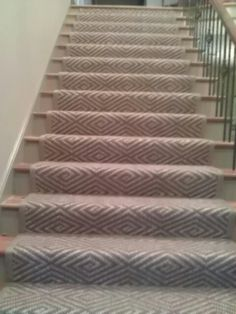Love this custom runner, but glad I don't have stairs : )