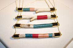 yiyigutz.com lovely wooden necklaces
