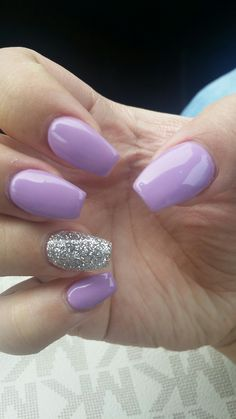 Purple lilac and sparkles on the ring finger ♡