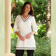 Fashionizer Spa Uniforms - SP-TU-4B-CR ZETA (3/4 Sleeve) Spa Tunic Cream