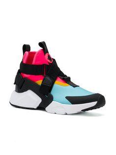 check out 159c6 4c03c baskets Air Huarache City Nike Air Huarache, Huaraches, Shopping, Fashion  Week, Basketball