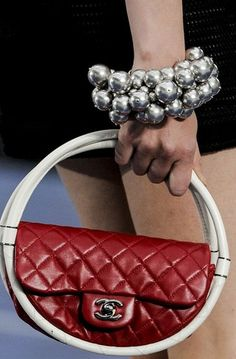 Chanel assessories ♥✤   Keep the Glamour   BeStayBeautiful