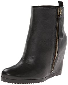 9673d7e47b7 Leather ankle boot featuring pull-on loop