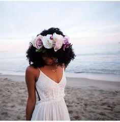 Black bride with natural hair & flower crown Curly Hair Styles, Natural Hair Styles, Natural Hair Brides, Party Hairstyles, Bridal Hairstyles, Natural Wedding Hairstyles, Flower Crown Hairstyle, African American Weddings, Flower Crown Wedding