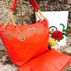 Michael Kors Stylish Handbags For Women - Orange  #womenhandbags #luxurybags #mkhandbags #womenfashion #clutches