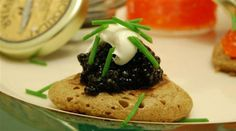 Wondering how to use caviar? Here are five elegant recipes perfect for entertaining. Plus, don't miss a video tutorial for making chocolate caviar! #gourmetrecipes #gourmetcooking http://www.finedininglovers.com/blog/food-drinks/ways-to-use-caviar/
