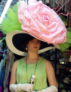 Ladies Oversized DERBY HATS: Perfect for The Music Man & many other Broadway Production! Huge Derby Dame Hats are Plentiful at Dallas Vintage Shop! Dallas Vintage Shop, Derby Attire, Kentucky Derby Hats, Mens Derby Hats, Kentucky Derby Fashion, Hat Day, Fancy Hats, Big Hats, Crazy Hats