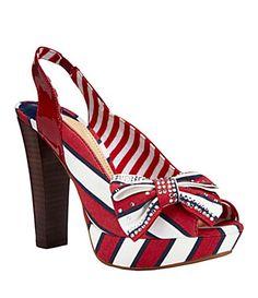 love these nautical/patriotic sling backs!