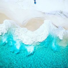 Drones give a new dimension to photography what do you think?  #Australia | Photo by @Saltywings . . . #drone #dronestagram #drones #dji #djiphantom4 #phantom4 #djidrone #esperance #westernaustralia #droneoftheday #dronephotography #dronephoto #dronephotos #waves #beachfun #beach #beaches #umbrella #fromabove #image #travelaustralia #travel #traveling #traveler