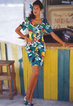Yasmeen Ghauri for Escada S/S 80s Fashion, Fashion Prints, High Fashion, Fashion Outfits, Fashion Models, 80s Trends, African Wear, Vintage Looks, Supermodels