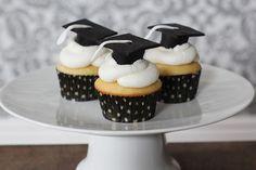 Graduation Cap cupcakes More