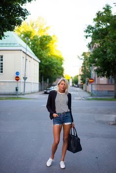 striped shirt, levi's jeans shorts & white shoes // tuva malmo - This time is for real