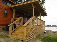 Add on a porch to your park home to increase your living area! www.popeslanding.com