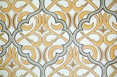 Retro Wallpaper by the Yard 70s Vintage Wallpaper - 1970s Brown Black and Gold Lattice Damask by RetroWallpaper on Etsy https://www.etsy.com/listing/88676980/retro-wallpaper-by-the-yard-70s-vintage