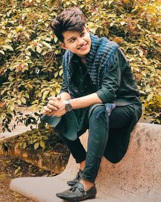 Why are you so much cute Riyaz? Why are you so much cute Riyaz? Cute Boy Photo, Photo Poses For Boy, Boy Poses, Handsome Celebrities, Teen Celebrities, Indian Celebrities, Celebs, Stylish Photo Pose, Stylish Girl Pic