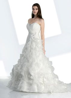 Free shipping Asymmetrical Pleated Tulle Wedding Dress With Cap Sleeves 2013 wedding dresses Custom size/color on AliExpress.com. $139.00