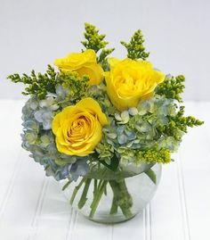 Going green fathers day pinterest white plains flower shops brighten any day with a classic combination of roses and hydrangea blossomflowershops roses mightylinksfo