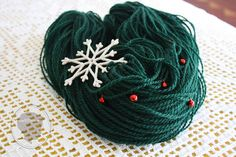 Holly Green Wool Necklace original cowl sterling by meNENices, €62.00