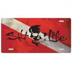 Salt Life Skull Flag License Plate (Red;One Size)