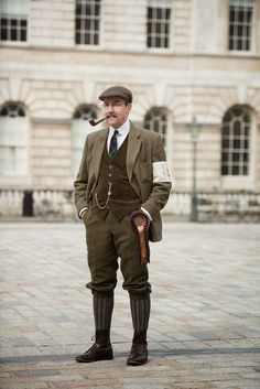 """My Fair Lady"" inspiration - Male Ensemble - 1914.  Men wore a tweed cap to make the outfit more ""sporty""."